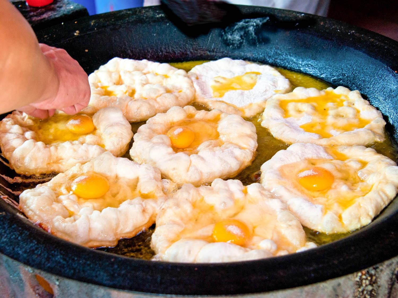Bánh trứng chiên