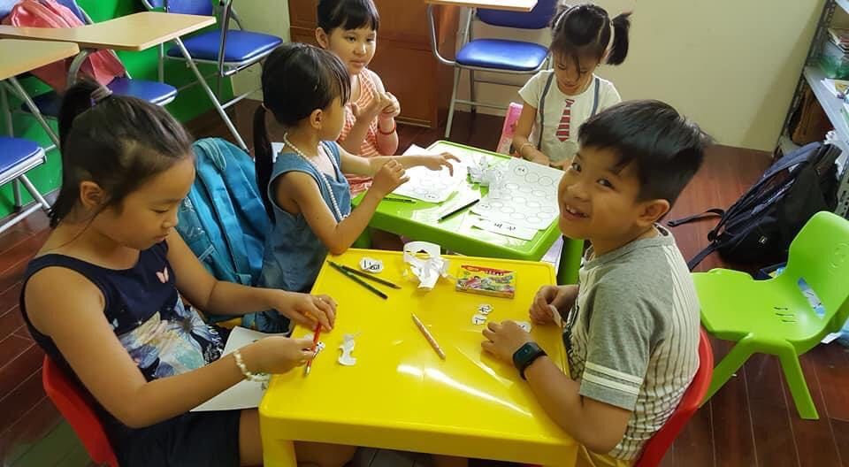 Lớp học tiếng Trung cho trẻ em Lạc Lạc